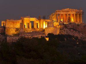 die-akropolis-am-abend